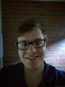 P9 Plus Low Light Selfie