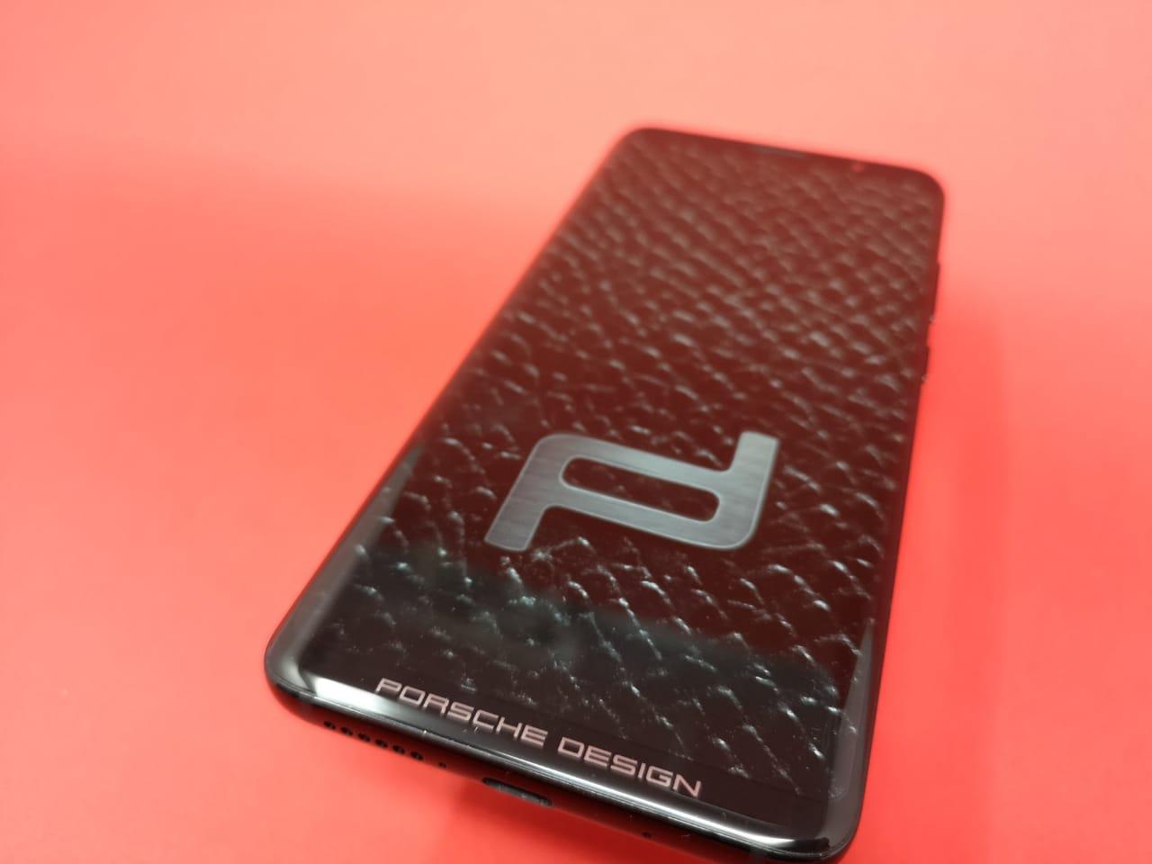 Huawei_Mate_RS_Porsche_Design