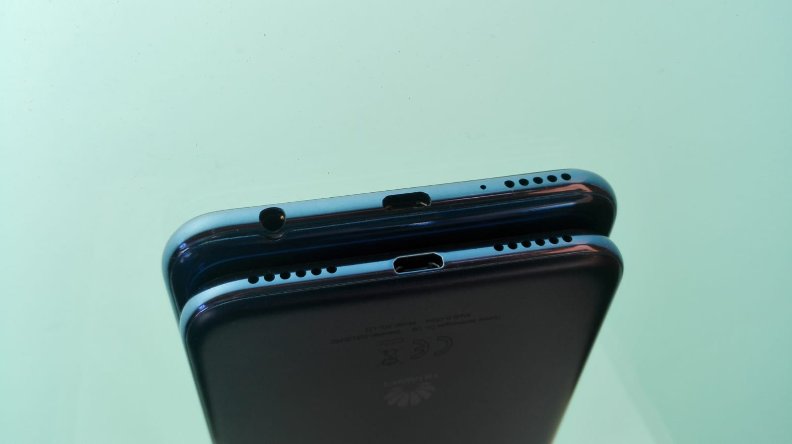 Huawei Y7 & Huawei Y6 Unterseite