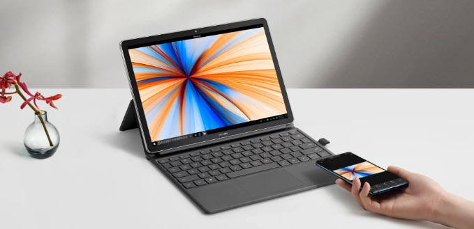 das MateBook E 2019 bei der Nutzung
