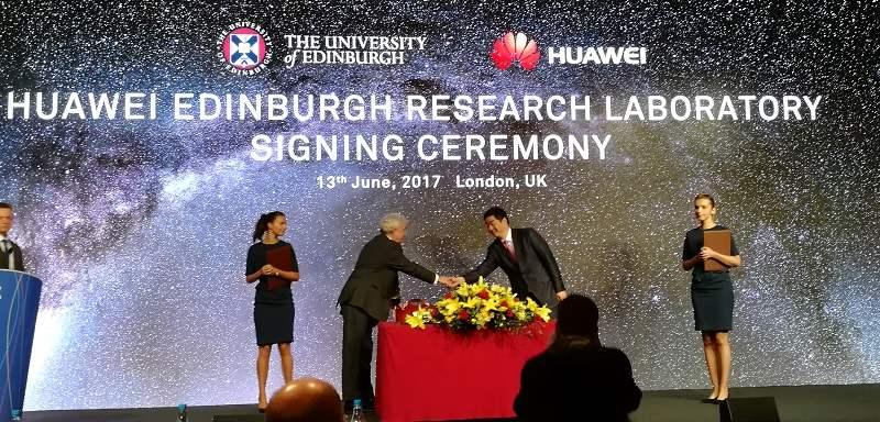 Signing Ceremony Partnerschaft