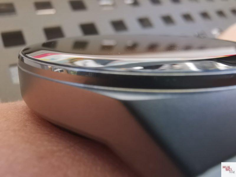 HUAWEI Watch GT2e Test - Display - curved