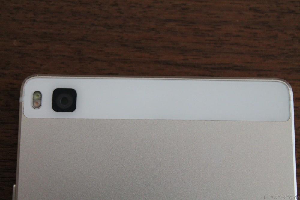 Huawei P8 - Kunststoff - Oberseite - Rückansicht