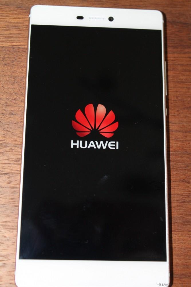 Huawei P8 - Front - Display