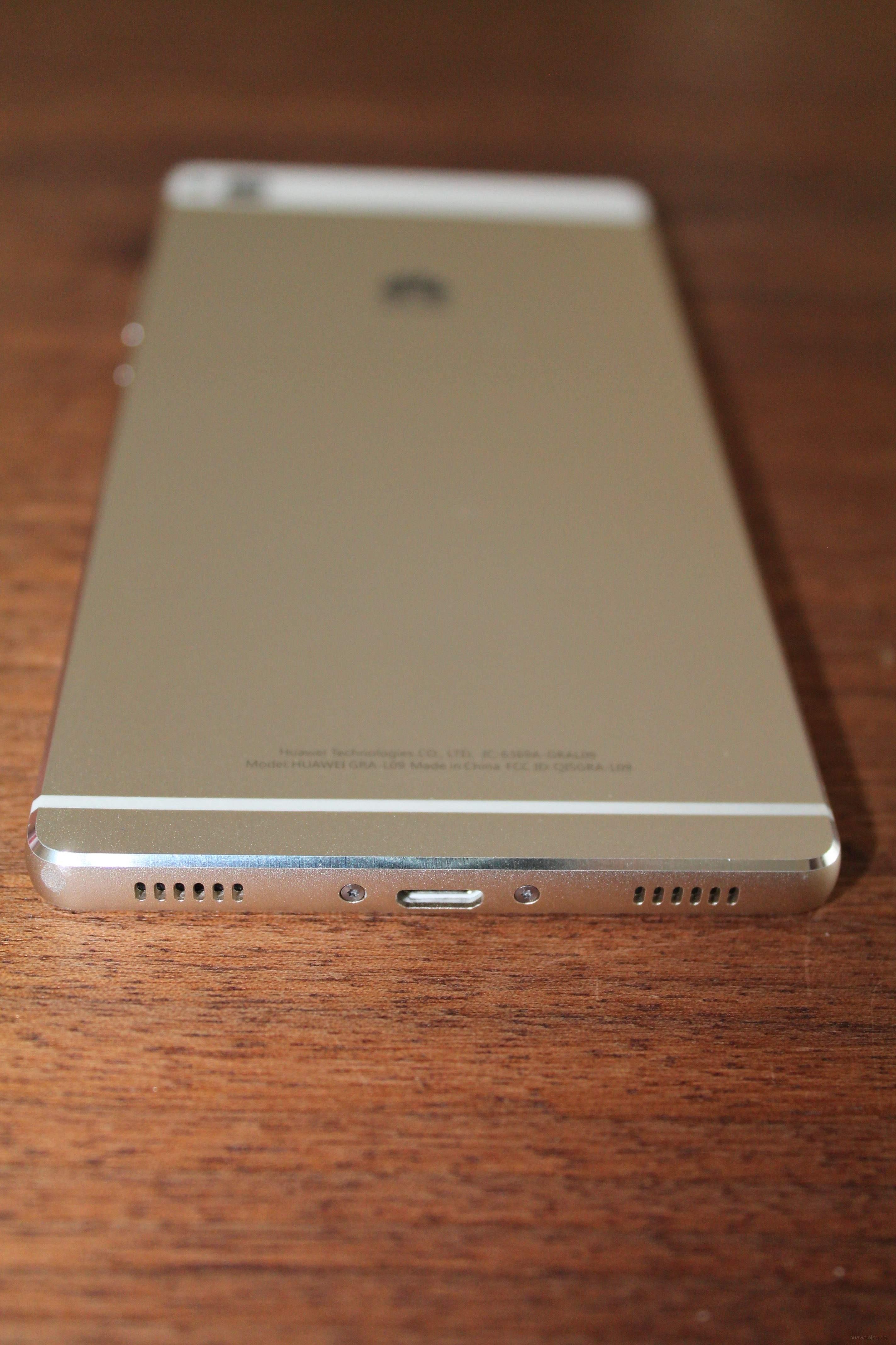 Huawei P8 Rückseite Unterseite USB Lautsprecher Mikrofon Kunststoffeinlassung
