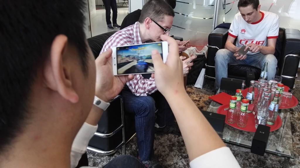 Huawei P8 Fan Event - Asphalt 8 auf dem Huawei P8