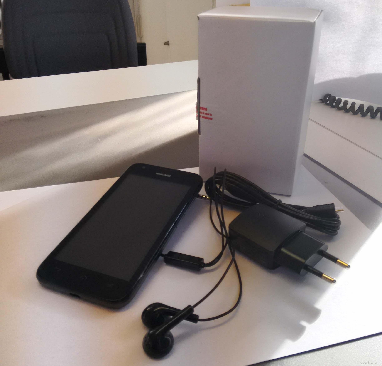 Huawei Y 550 unboxed